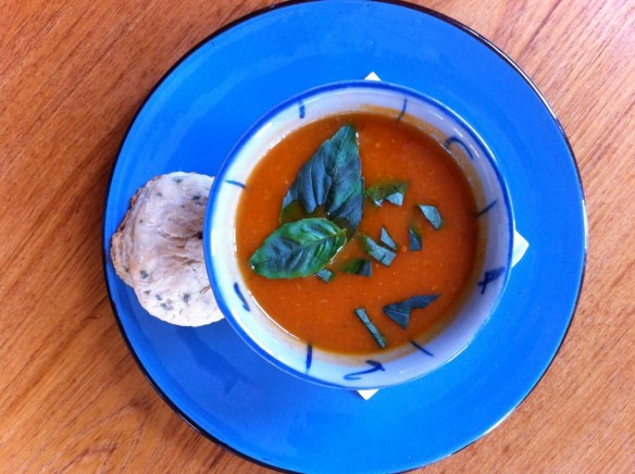 Tomato Fennel Roast Garlic Soup