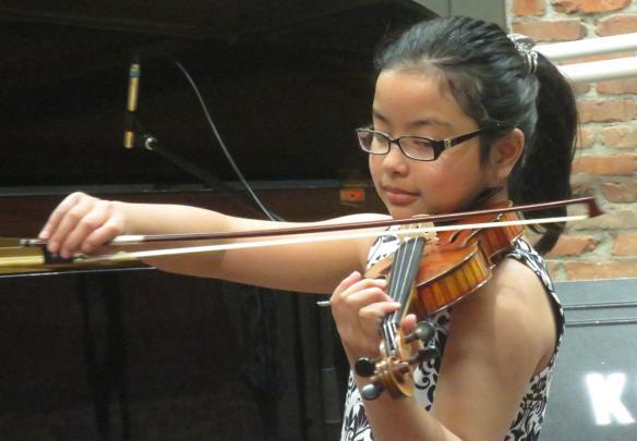 img_5027_amanda_nguwen_violin