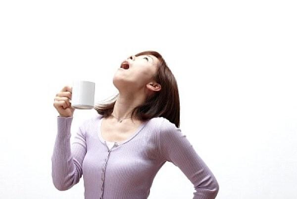 mẹo súc nước muối trị viêm họng hạt