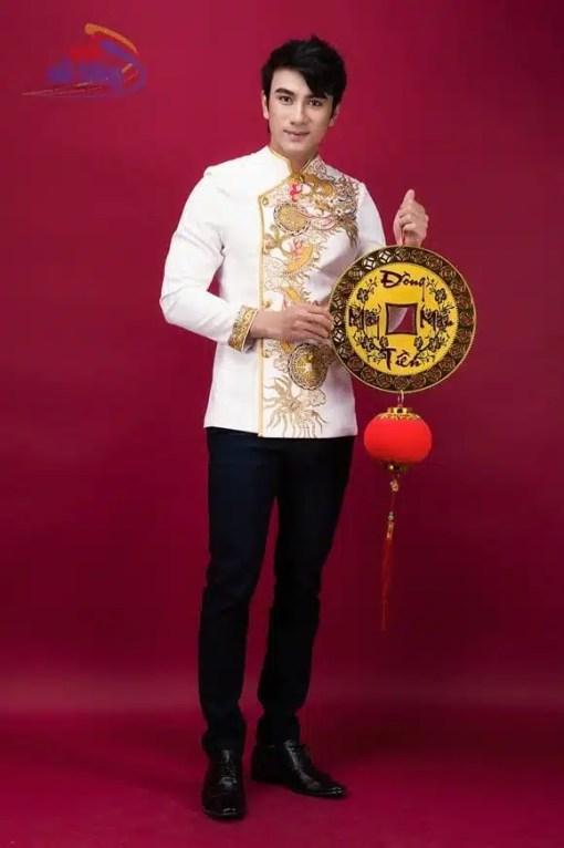 Áo dài nam trắng vẽ rồng vàng sang trọng