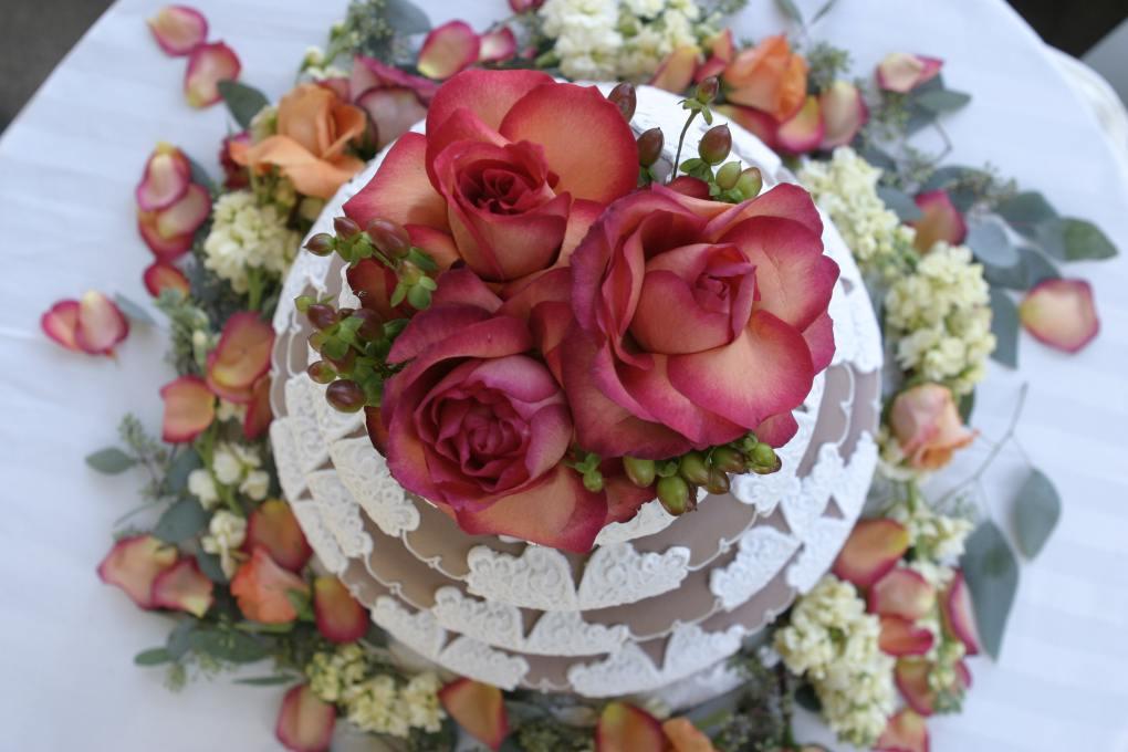 bánh và hoa sinh nhật đẹp