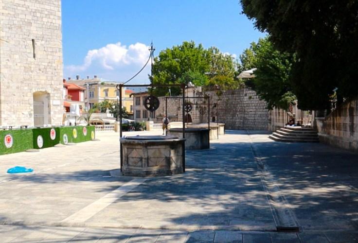 Platz der fünf Brunnen, Zadar