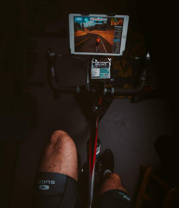 Indoor duurtraining op de fietstrainer of rollen
