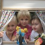 Beka-PUPPET-THEATER-STORE-FRONT-THEATER-MARKERBOARD-0-0