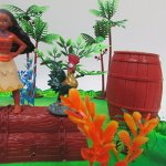 Moana-Tropical-Themed-Birthday-Cake-Topper-Set-Featuring-Moana-Figure-and-Decorative-Accessories-0-2