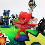 Super-Hero-PJ-MASKS-Deluxe-Birthday-Party-Cake-Topper-Set-Featuring-Figures-and-Decorative-Accessories-0-2