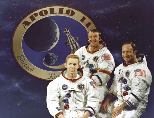 1280px-The_Apollo_14_Prime_Crew_-_GPN-2000-001168