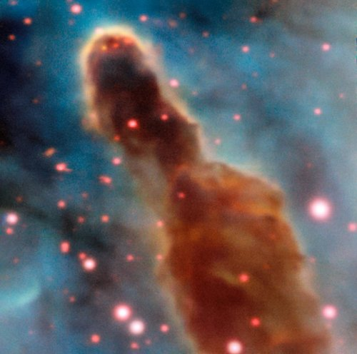 This image was taken by the MUSE instrument, mounted on ESO's Very Large Telescope and shows the region R18 within the Carina Nebula, 7500 light-years away. The massive stars within the star formation region slowly destroy the pillars of dust and gas from which they are born.