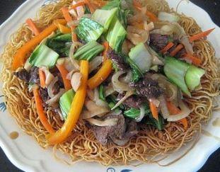 resep-ifu-mi-dengan-daging-sapi-dan-sayuran-hongkong