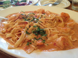 Resep Fettuccini Saus Udang Tomat