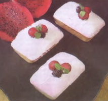 resep-bolu-mini-buah-naga-merah