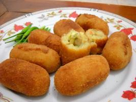 keju-balut-kentang