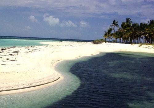 Suasana Pulau Biak yang Indah