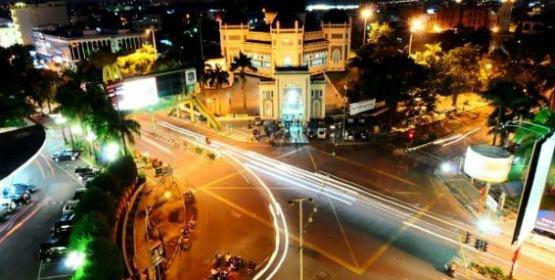 Kota Medan Pada Saat Malam Hari