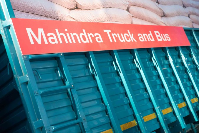 Mahindra-Blazo-fuel-smart-trucks