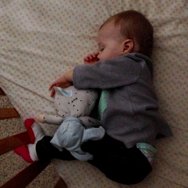 scarlett sleeping crib