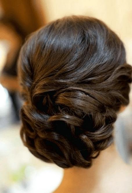 Brautfrisur Mit Pony In Der Mitte Hochzeitsfrisur Fur