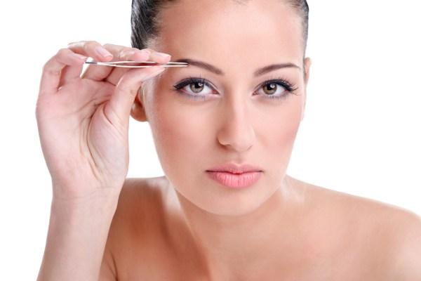 Как выщипать брови, чтобы не было раздражения