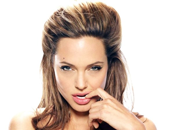 макияж глаз Анджелины Джоли