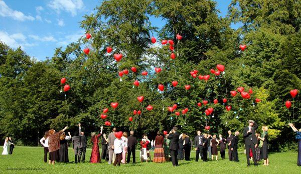 Hochzeitsreportage 14: Steigende Luftballons