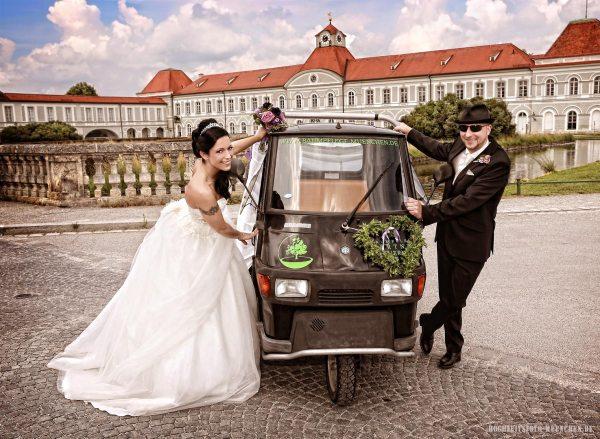 Fotoshooting Hochzeit 22: Hochzeitsbild im Schloss Nymphenburg