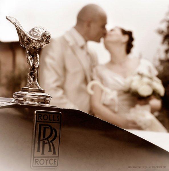 Fotoshooting Hochzeit 07: Hochzeitsfoto mit Rolls Royce