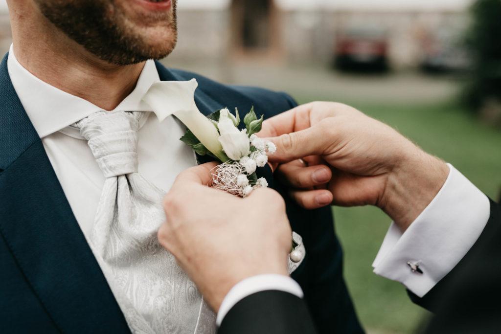Hochzeitsfotografie - Ansteckblume
