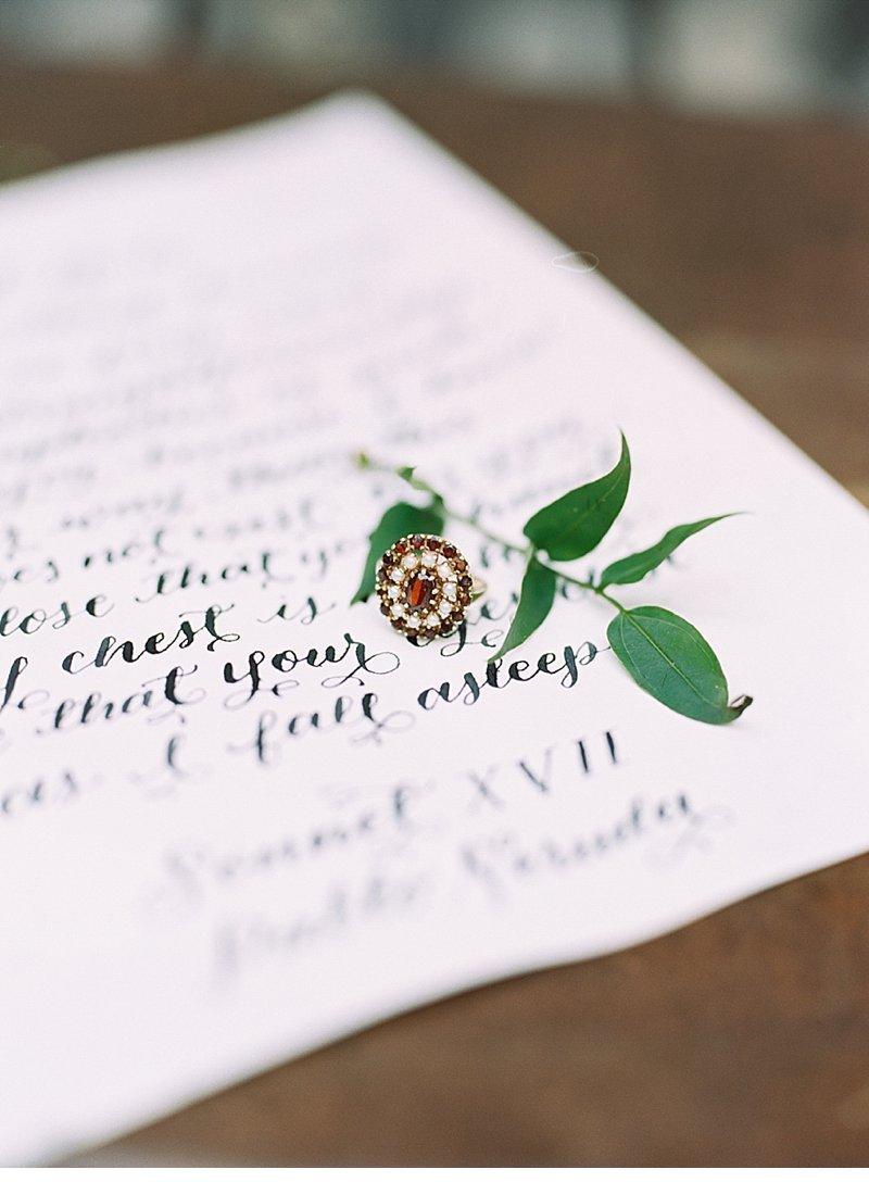 romantic natural wedding inspiration 0015