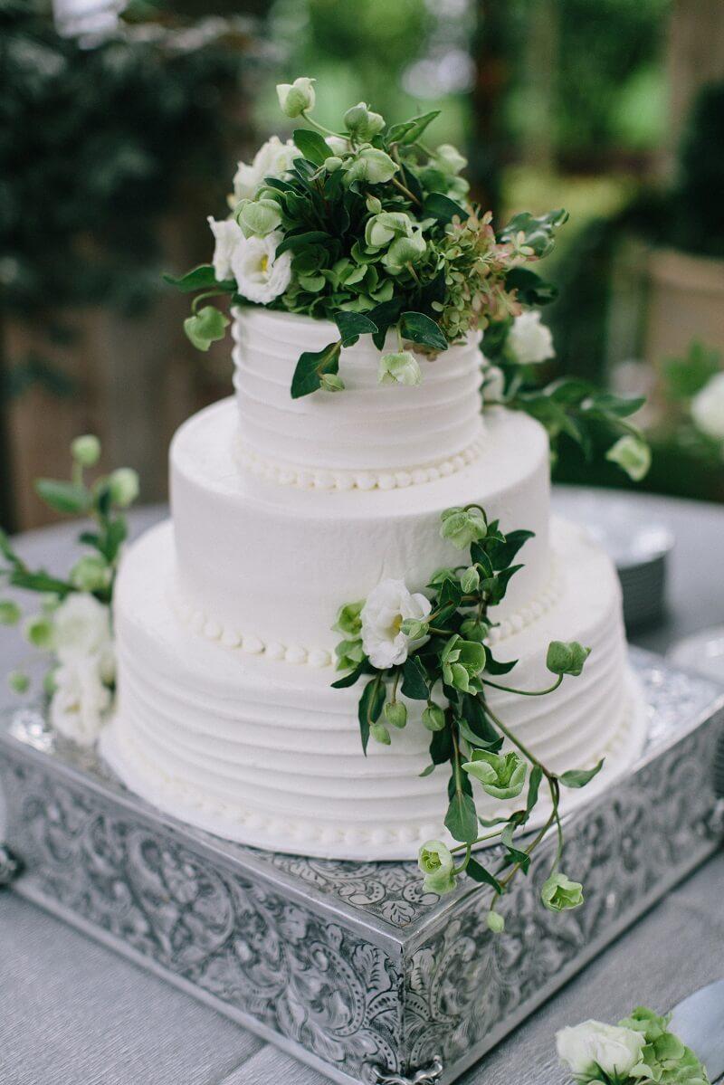 Torte Mit Echten Blumen Flower Cake Naked Drip Cake