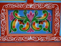 Les décorations, splendides et faites à la main, justifient le prix exorbitant de ces charrettes / Decorations which are sumptuous and made by hand explain the exorbitant price