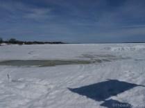 Le Lac du Bonnet, c'est probablement plus beau en été... / Lac du Bonnet is probably more beautiful in summer...