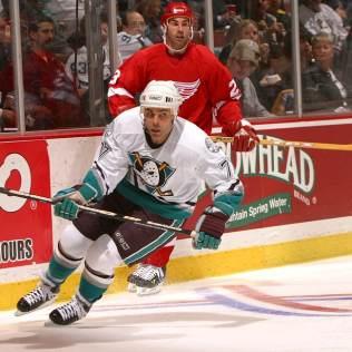 2003-Mighty-Ducks-Adam-Oates Adam Oates Adam Oates Anaheim Ducks Boston Bruins Detroit Red Wings Edmonton Oilers NHL Philadelphia Flyers Washington Capitals