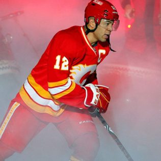 Jarome-Iginla-3 Jarome Iginla Boston Bruins Calgary Flames Colorado Avalanche Jarome Iginla Pittsburgh Penguins