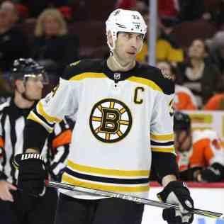 Zdeno-Chara-Bruins-2 Zdeno Chara Boston Bruins Zdeno Chara