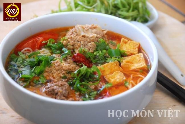Top 5 món ăn Việt Nam nổi tiếng - bún riêu cua - Học Món Việt