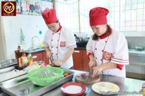 hình ảnh khóa học nấu phở mở quán 7 tại Học Món Việt