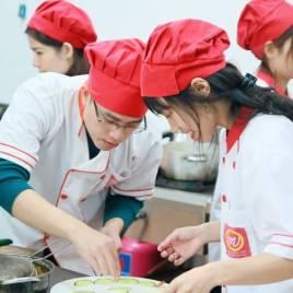 4 thắc mắc tại lớp học nấu ăn gia đình 1 tại Học Món Việt