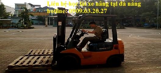 học-lái-xe-nâng-tại-đà-nẵng