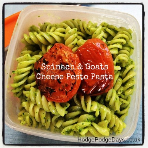 Healthy Lunch: Spinach & Goats Cheese Pesto Pasta