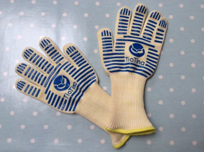TioTina Oven Gloves