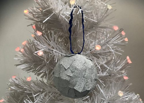 Christmas Crafts: Make your own Glitter Tape Baubles