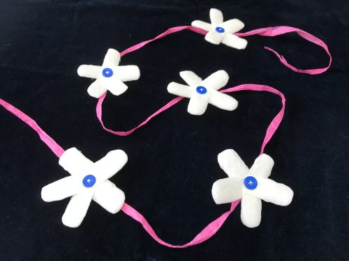 Crafts: How to make a Packing Peanut Flower Garland