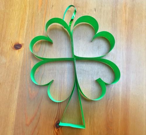 St Patrick's Day Craft: How to make Paper Shamrocks