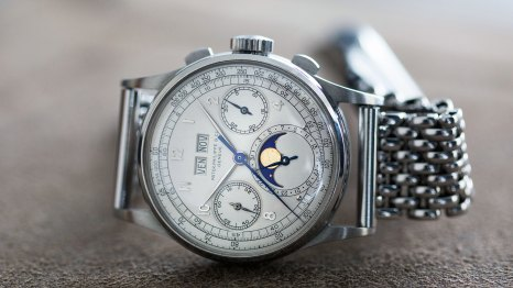 Breaking News: Stainless Steel Patek Philippe Ref. 1518 Sells For Over  $11,000,000 At Phillips Geneva (And Sets A New World Record For ANY  Wristwatch) - HODINKEE