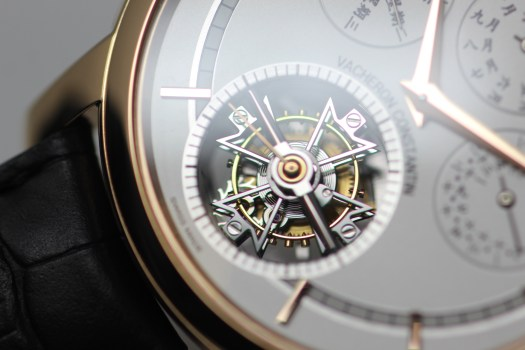 <p>Here you can see the Maltese cross tourbillon carriage.</p>