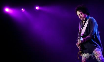 Toto spiller i Scandinavian Congress Center i Aarhus, d. 15 Feb 2016: (Photo by Allan Høgholm Photography, www.hoegholm.dk).