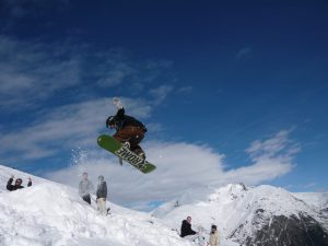 solo snowboard holiday