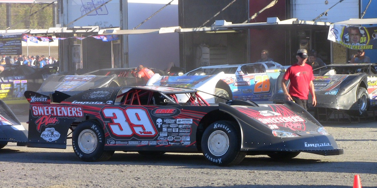Understanding Wheel Loads to Set Up Your Dirt Late Model Dynamically