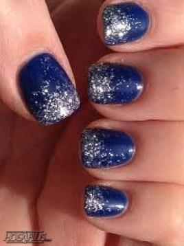 Glittery blue Nail Art