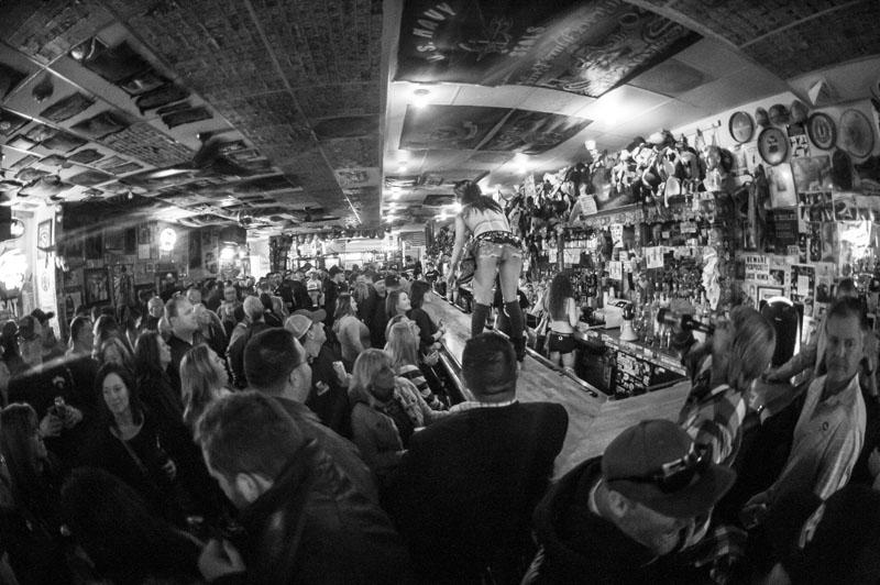 Hogs & Heifers Saloon New York_0115